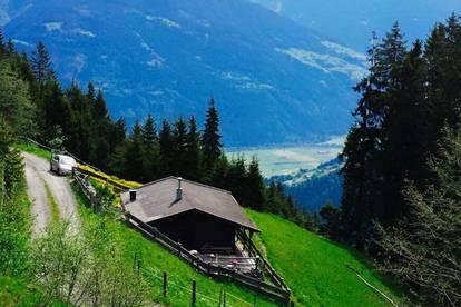 Einzigartige Alleinlage in den Bergen! Gemütliche Berghütte – Nähe Fügen