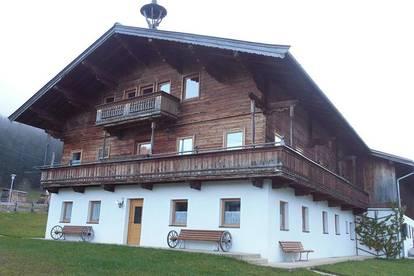 Große moderne Dachgeschosswohnung mit Gartenmitbenutzung im Bauernhaus als Freizeitwohnsitz/Zweitwohnsitz - Nähe Fieberbrunn