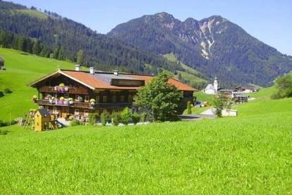 Sehr große Wohnung als Freizeitwohnsitz/Zweitwohnsitz im Bauernhaus für mehrere Familien mit Grillplatz in Alleinlage - Nähe Skigebiet Wildschönau
