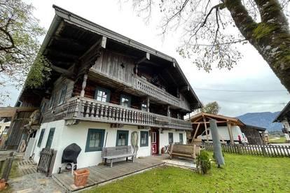 Großes Bauernhaus in schöner Lage mit Garten als Zweitwohnsitz - Nähe Breitenbach am Inn
