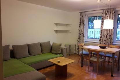 Ab 1.7.2020: Möblierte Wohnung mit Balkon u. Tiefgaragenplatz  in zentraler Grünruhelage