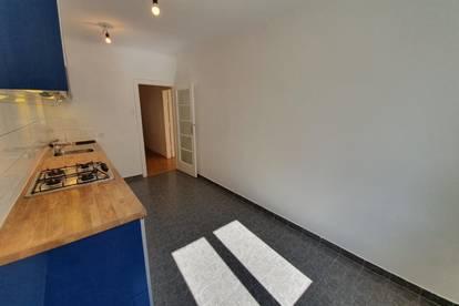 WG-tauglich: Helle 2-Zimmer-Wohnung in zentraler Lage, Provisionsfrei