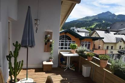 Helle Dachgeschosswohnung mit Sonnen-Terrasse im Herzen von St. Johann / Bezirk Kitzbühel