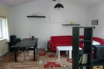 2 freie Zimmer in möbiliertes Haus in Landeck