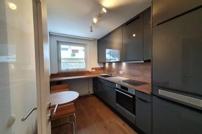 frisch renovierte 56 m² Wohnung, zentral und ruhig gelegen in Bruck a. d. Glstr