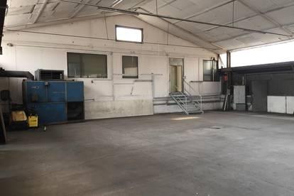 Industrie- und Lagerhalle im Gewerbepark Morawetz