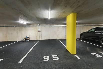 Von Privat: Zentraler neuer Tiefgaragenabstellplatz mit Stromanschluss zu vermieten (Klinik, Uni, CCB, Innenstadt)