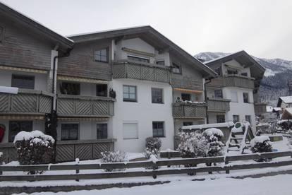 Optimal geschnittene Familienwohnung in Ruhelage mit Balkon und Tiefgarage