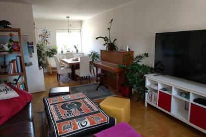 Helle, ruhige 80m² Wohnung mit Balkon u. TG-Platz ab 1. Okt. 2020 (Provisionsfrei, WG-tauglich, Klinikum Nähe, kein Makler!)