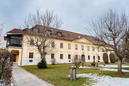 Repräsentative Räumlichkeiten für Büro / Praxis in historischem Gutshof in Kirchdorf an der Krems