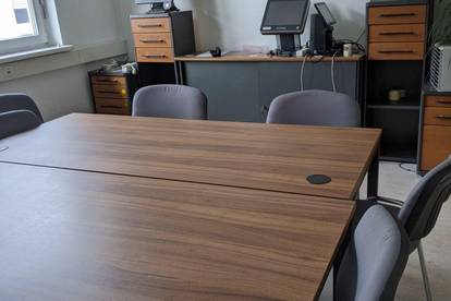 Büro 25 m² prov. frei mieten, 120 m² nutzen