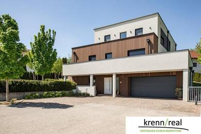 Luxuriöses Architektenhaus mit Pool in ruhiger Waldrandlage nahe Linz