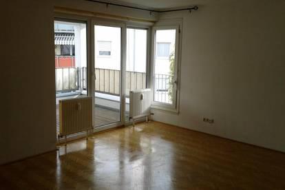 Große WG geeignete Wohnung in Neu Rum (keine Maklergebühren), auch als WG-Einzelzimmer möglich