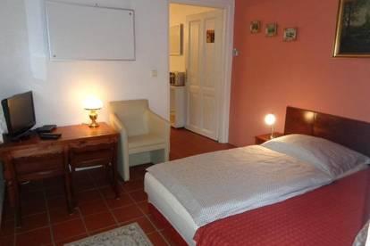 Top-Privatzimmer in Grünruhelage / Brunn am Geb., bestens geeignet als Übergangswohnung oder Pendlerzimmer
