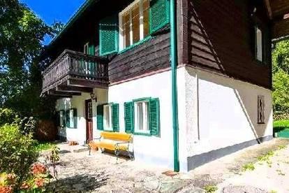 Weyregg Wohnhaus mit Seeblick und Seeliegenschaft