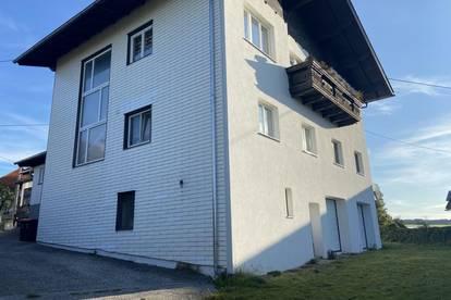 Wohnhaus mit Verkaufsfläche in Pöndorf