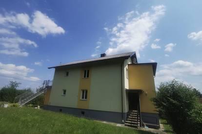 Haushälfte in schöner Ruhe- und Aussichtslage in Buchbach zu vermieten!