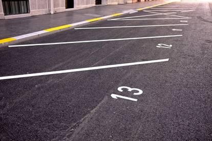 Freie Parkplätze in Lienz zu vermieten