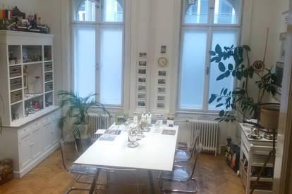 Büroraum in gemütlichem Wiener Altbau