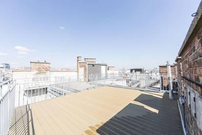 Großzügige Altbauwohnung mit tollen Terrassen zu vermieten!