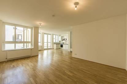 2-Zimmer Wohnung mit Terrasse direkt auf der Kärntner Straße in ruhiger Innenhoflage zu vermieten!