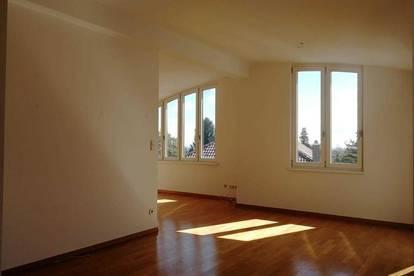 Bezaubernde Dachgeschosswohnung mit Balkon im 16. Bezirk