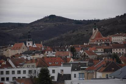 Westseitige 4-Zimmerwohnung mit Blick über die Kremser Altstadt | Erstbezug | Top A 404 |