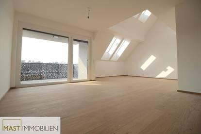 Exklusive Dachgeschoßwohnung 129 m2 im Herzen von Strasshof