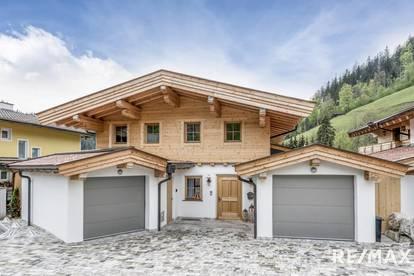 Haus im traditionellen Tiroler Stil