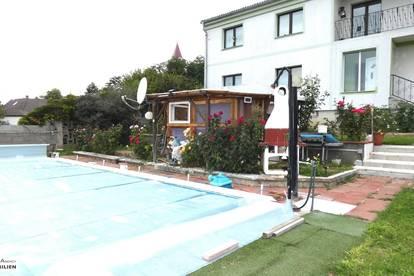 EINZELLAGE! - Traumhaftes Anwesen 400 m2 Wohnfläche auf über 22.000 m2 Grund, Swimmingpool, Garage, u.v.m.