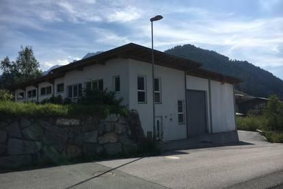 Attraktive Lagerhalle mit Büro in Hochfilzen, für viele Branchen geeignet