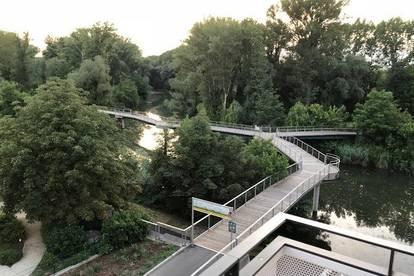 Leben an der Donau - teilmöblierte Wohnung mit Loggia und Traumaussicht und 200m zum Zentrum