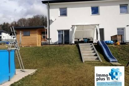 Miethaus mit Luftwärmepumpe, Terrasse, Garten und Carport