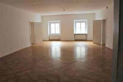 Provisionsfrei - Wohnung mit Altbauflair in Stadtzentrum