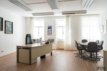Helle, schön-angelegte Wohnung am Spittelberg zu verkaufen! - derzeit Büro