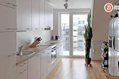 Wunderschöne 3- Zimmerwohnung mit Balkon hofseitig und Küche im Linzer Zentrum