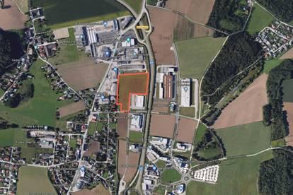 Großes Betriebsbaugrundstück (~2/3 B-Gebiet; ~ 1/3 MB) in Steyr
