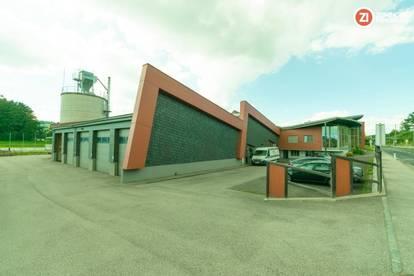 Hochwertige Betriebsliegenschaft - Tischlereiobjekt / Halle inkl. Wohn-/Geschäftsgebäude - neuwertig