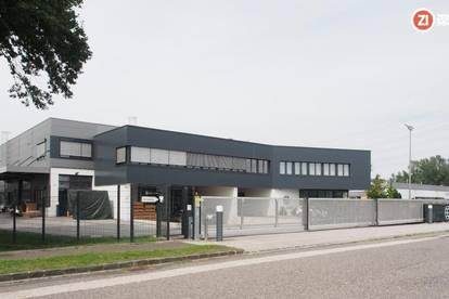 Sehr schönes Gewerbeobjekt - Südpark Linz - Büro mit großer Halle