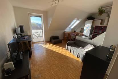 Schmucke Dachgeschosswohnung - Pärchenhit (Privat)