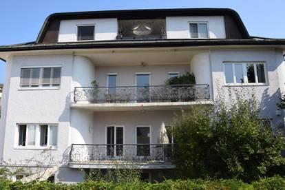 PARSCH: Schöne 4-Zimmer-Villen-Maisonette-Wohnung mit Loggia und Gebirgsblick