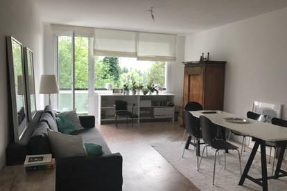 AM ARENBERG: 1,5-Zimmer-Apartment mit Loggia, Grünblick, Erstbezug nach Sanierung