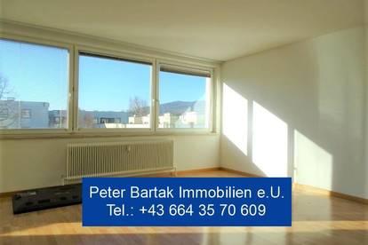 """GUMPOLDSKIRCHEN - """"VIEL WOHNEN FÜR WENIG GELD!"""" - 3-Zimmer-Wohnung mit Loggia - Peter Bartak Immobilien e.U."""