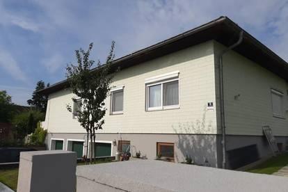 Dachgeschoßwohnung im Mehrfamilienhaus