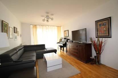 Koffer packen und einziehen - vollmöblierte 3 - Zimmer Wohnung in ruhiger Wohnlage!