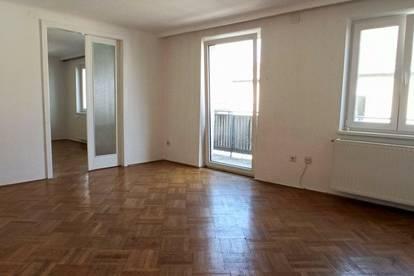 Ideale Homeoffice Wohnung mit viel Licht und 9,20m²-Balkon! UNBEFRISTET!