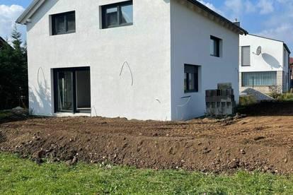 Einfamilienhaus auf Eigengrund - Gänserndorf Süd - Erstbezug