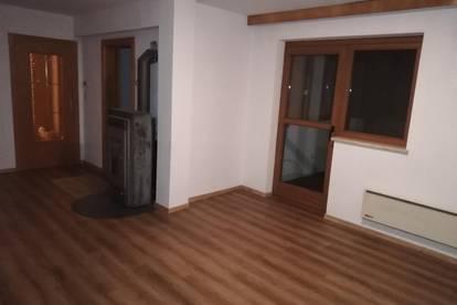 4-Zimmer-Wohnung in sonniger Lage in Prutz zu vermieten