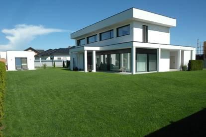 Modernes Traumhaus, Grundstück 1212 m², Wohnfläche 201 m², Provisionsfrei