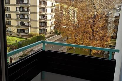 Attraktive Garconniere mit Balkon in Salzburg Parsch